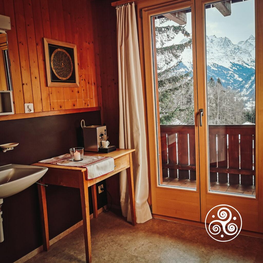 Ferienwohnung - Raum 1 - Styling-Ecke mit Aussicht