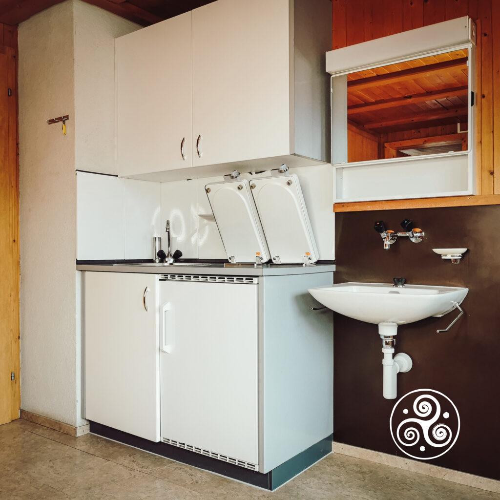 Ferienwohnung - Raum 1 - Koch-Ecke